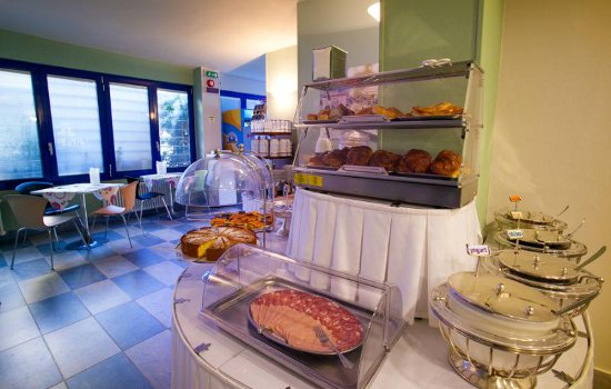albergo per single marina di bibbona